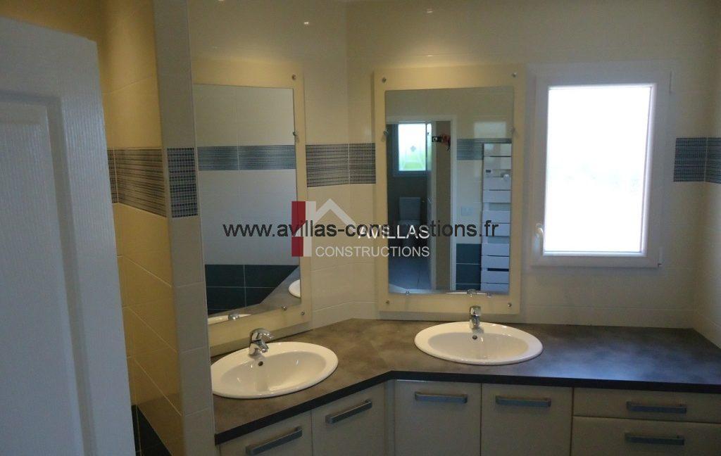 salle de bain-sur mesure-maisons-avillas constructions