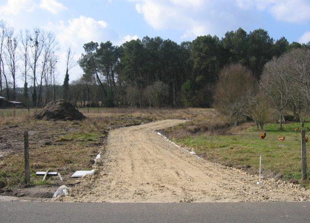 chemin-d'acces-maisons-landes-avillas-constructions