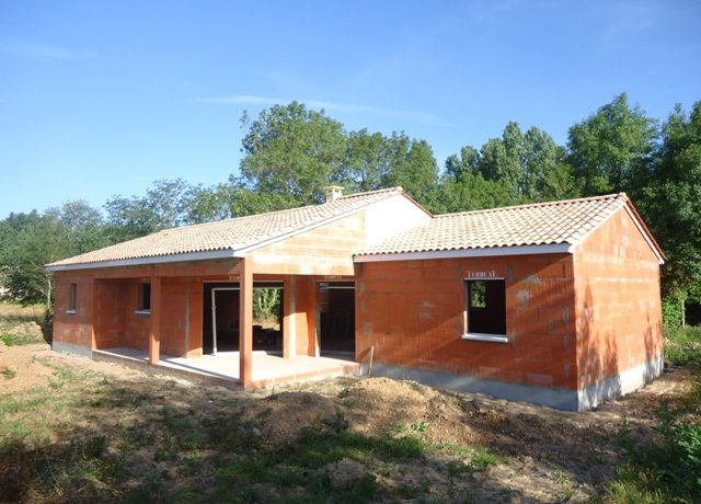 tuile-terreal-terre-cuite-maisons-avillas-constructions